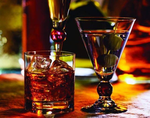 Но в любом случае, как бы человек себя не чувствовал после инфаркта, перед применением алкоголя рекомендуется проконсультироваться со специалистом