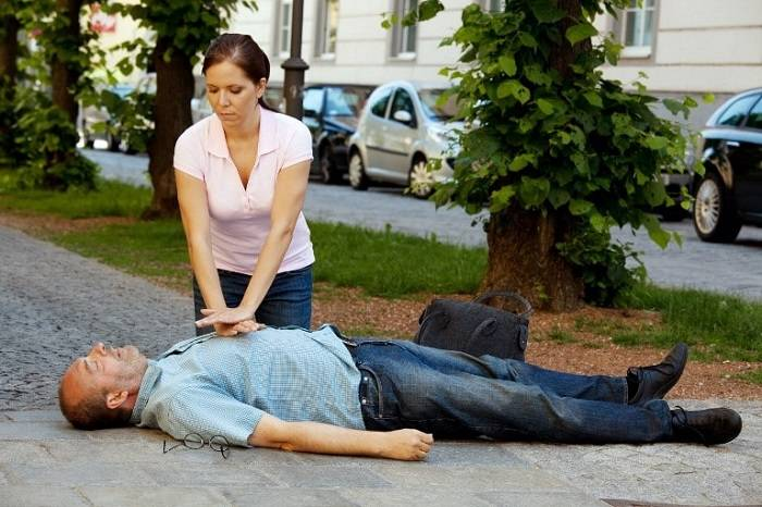 первая помощь при инфаркте миокарда до приезда скорой помощи