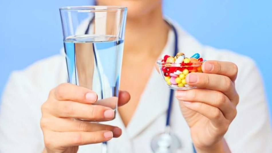 Используйте медикаментозные и народные средства