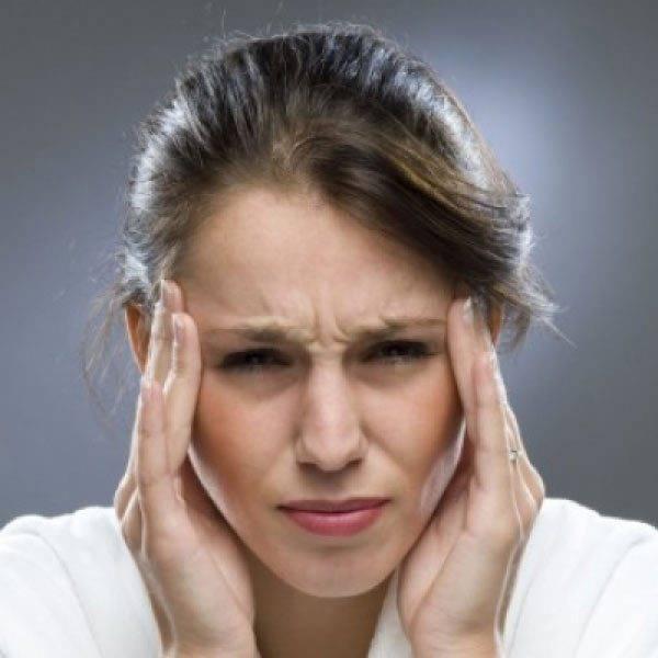 Голоовная боль сопровождает заболевание
