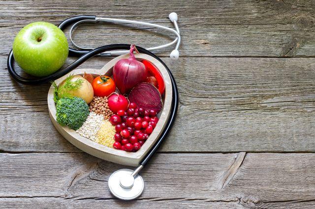 Чем опасен высокий уровень холестерина, как его снизить