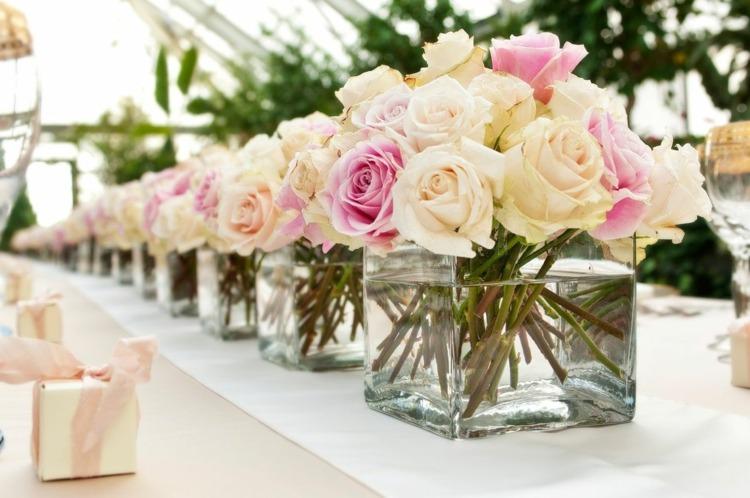 Живые цветы – изюминка праздничного стола